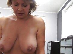 Bellissimo sesso porno da guardare gratis con un russo ragazza in un grande letto